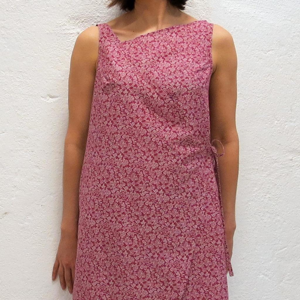 Sommer kjole i rød bomullsvoile