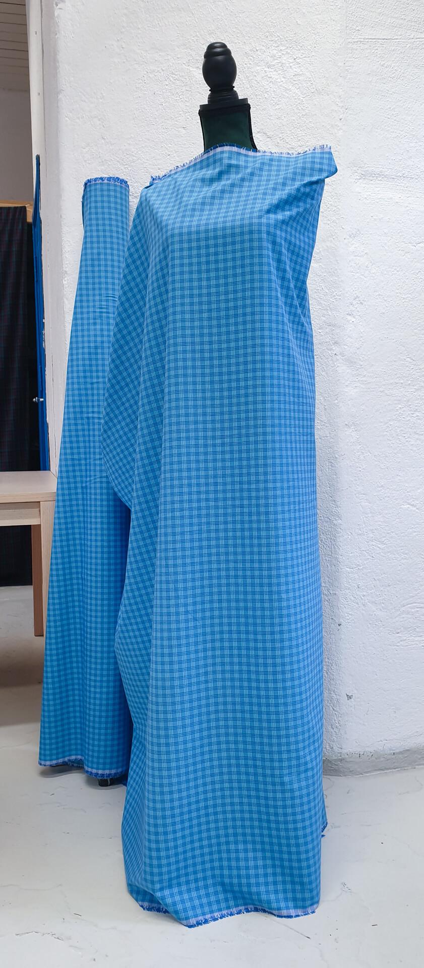 Skjortestoff med ruter i blå