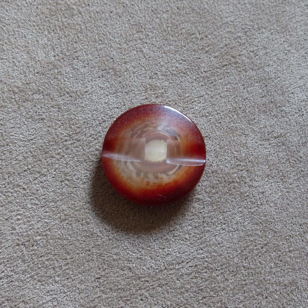 Rund halvblank knapp - Kjernen bred - Rødbrun
