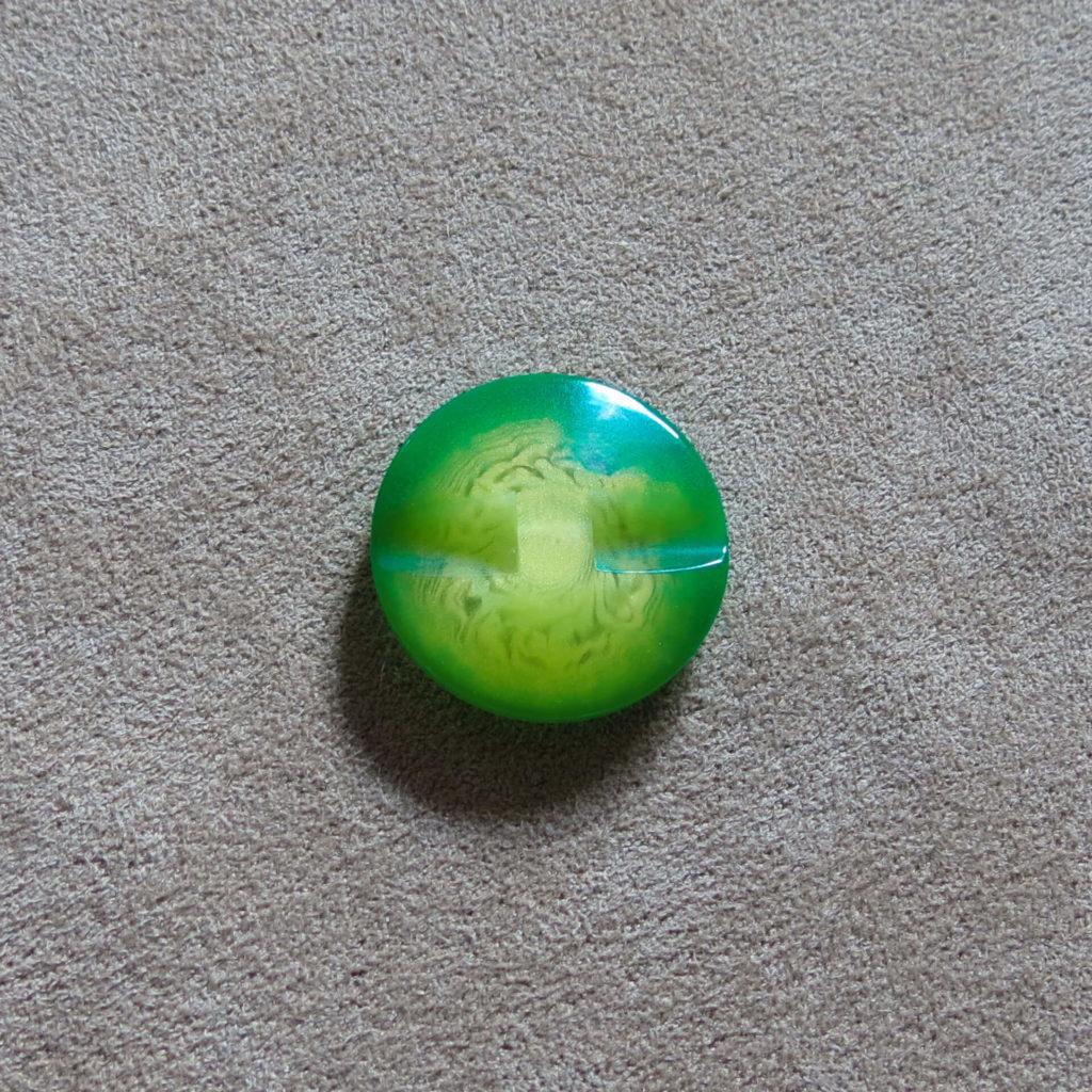 Rund halvblank knapp - Kjernen myk - Grønn
